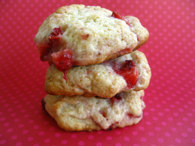 Running. Cooking. Yoga. Life (Recipe: Strawberry Shortcake Cookies)