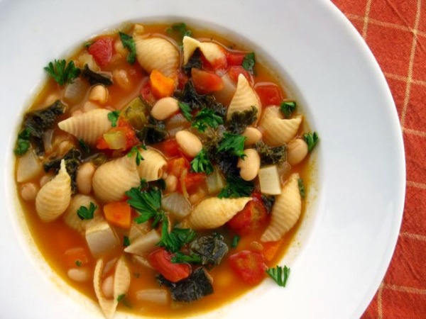 Kale, White Bean, and Pasta Soup