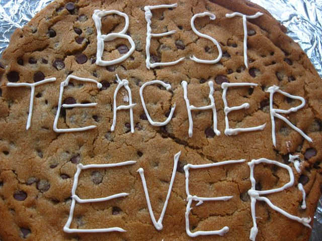 heart} teachers. And giant cookies. | One Ordinary Day