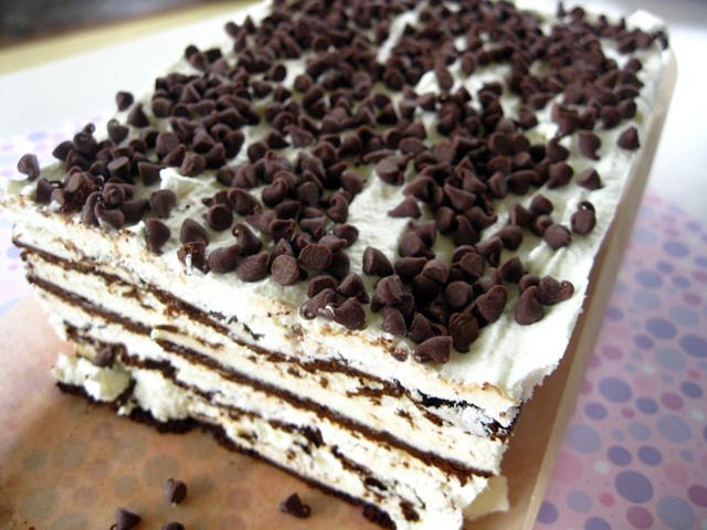 Easy ice cream cake One Ordinary Day
